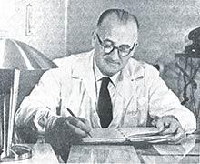 Ing. Václav Stuchlík (1899-1978) viedol vIstebníku  Prvú slovenskú továreň na droždie, lieh apokrmové masti až do znárodnenia vroku 1948