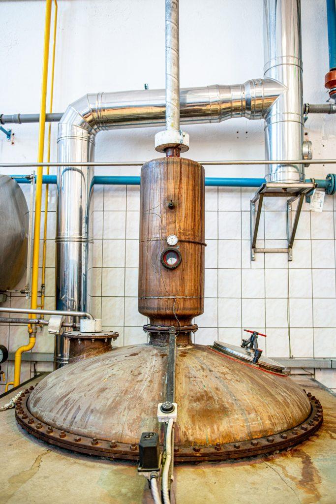 pálenica spoločnosti Old Herold - pravý ovocný destilát Ovica